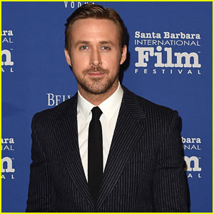 Ryan Gosling Shows Off His Piano Skills in Behind-the-Scenes Look From 'La La Land' (VIDEO)