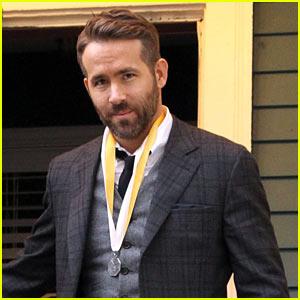 Ryan Reynolds Gives Jake Gyllenhaal's 'Sunday in the Park' Major Praise
