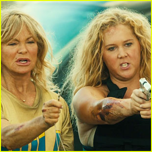 Amy Schumer & Goldie Hawn's 'Snatched' Trailer Is Too Funny - Watch Now!