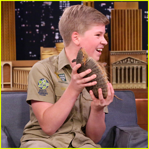 Steve Irwin's Teenage Son Robert is So Much Like Him! (Video)