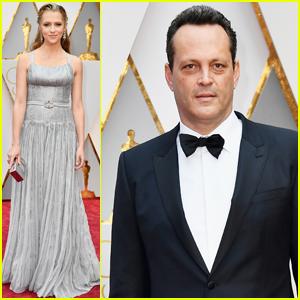 Teresa Palmer & Vince Vaughn Rep 'Hacksaw Ridge' at Oscars