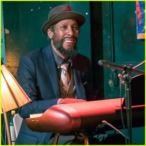 'This Is Us' Star Ron Cephas Jones Will Be Back in Season Two