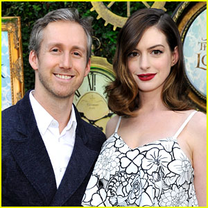 Anne Hathaway Shares First Photo of Son Jonathan Rosebanks