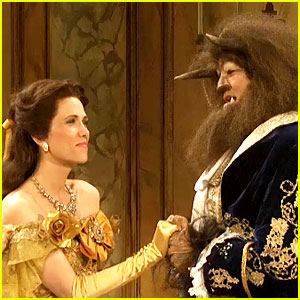 Relive SNL's 2009 'Beauty & the Beast' Parody Starring Kristen Wiig & Gerard Butler - Watch Now!