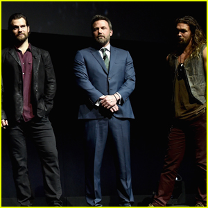 Ben Affleck Makes Surprise Appearance at CinemaCon 2017 With 'Justice League' Cast