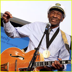 Chuck Berry Dead - Legendary Musician Dies at 90