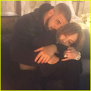 Drake's 'Free Smoke' from 'More Life' Playlist Reveals He 'Drunks Texts' Jennifer Lopez - Read the Lyrics!