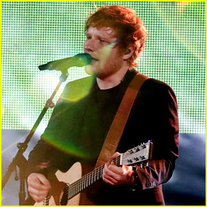 Ed Sheeran Performs His Two Hit Songs at iHeartRadio Music Awards 2017 (Video)