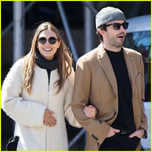 Elizabeth Olsen Holds Hands with Robbie Arnett in New York!