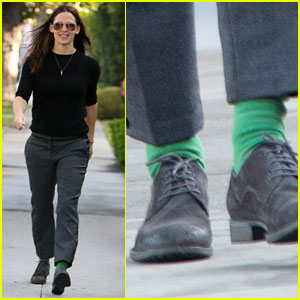 Jennifer Garner Wears Festive Green Socks on St. Patrick's Day