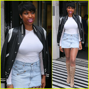 Jennifer Hudson Shows Off Some Leg While in London