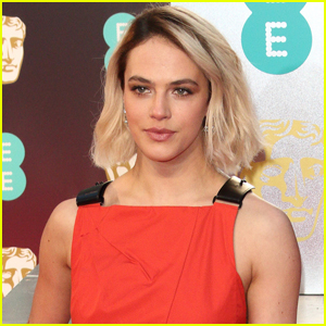 'Downton Abbey' Star Jessica Brown Findlay Opens Up About Eating Disorder