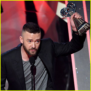 Justin Timberlake Gives Empowering Speech About 'Being Different' at iHeartRadio 2017