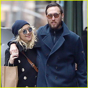 Kate Hudson & New Boyfriend Danny Fujikawa Bundle Up In NYC