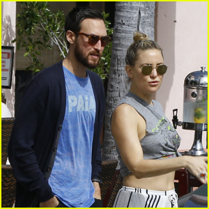Kate Hudson Cozies Up With Rumored Boyfriend Danny Fujikawa!
