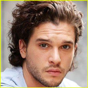 Kit Harington is New Face of Dolce&Gabbana's Fragrance Line!