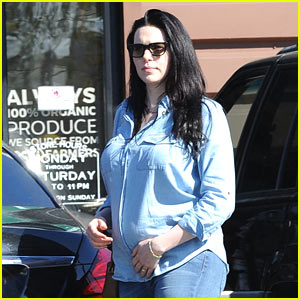 Laura Prepon Shows Off Her Baby Bump While Shopping