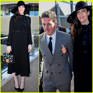 Liv Tyler & Fiancé Dave Gardner Couple Up at 'The Festival' Horse Race