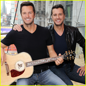 Luke Bryan Unveils His Madame Tussauds Wax Figure