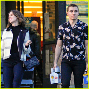 Newlyweds Dave Franco & Alison Brie Pick Up Beer Together