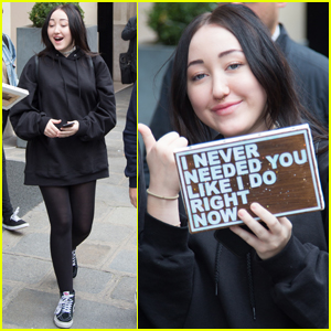 Noah Cyrus Reveals the Best Singer in Her Family!