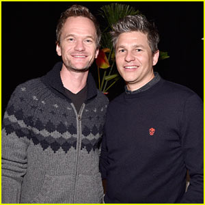 Neil Patrick Harris Got His First Tattoo in Honor of 'A Series of Unfortunate Events'!