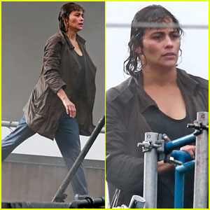 Paula Patton Films 'Somewhere Between' Stunt Scenes in a Water Tank