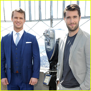 Time After Time's Freddie Stroma & Josh Bowman Suit Up to Visit the Empire State Building!