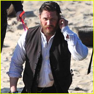 Tom Hardy Films 'Peaky Blinders' Season 4 on the Beach!