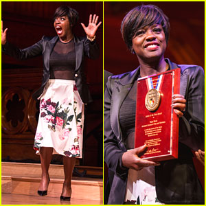 Viola Davis Is Super Excited to Receive Harvard's Artist Of The Year 2017 Awards
