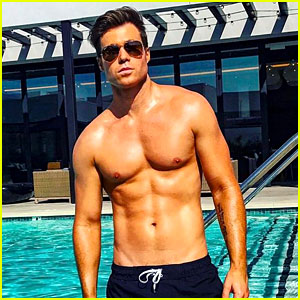 Ashley Parker Angel Is Back with More Hot Shirtless Photos!