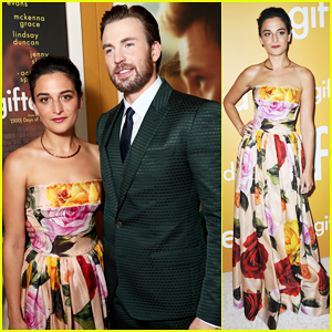 Chris Evans & Ex Jenny Slate Reunite At 'Gifted' L.A. Premiere!
