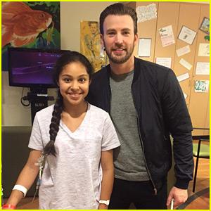 Chris Evans Surprises Kids at Children's Hospital Los Angeles