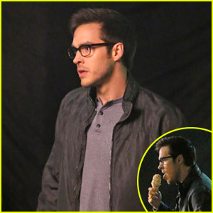 Chris Wood Enjoys Ice Cream Treat For 'Supergirl' Filming