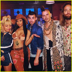 DNCE ft. Nicki Minaj: 'Kissing Strangers' Stream, Lyrics, & Download - Listen Now!