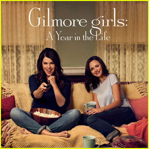 lauren graham sends special message to gilmore girls fans lauren graham just jared. Black Bedroom Furniture Sets. Home Design Ideas