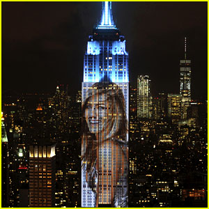 'Harper's Bazaar' Projected Giant Images of Celebs Onto the Empire State Building!
