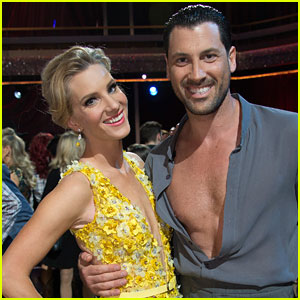 Maksim Chmerkovskiy Will Be in Rehearsals for 'DWTS' This Week!
