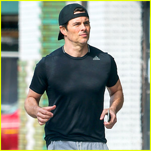 James Marsden Jogs Around the Big Apple in His Sweats