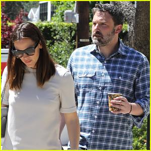 Jennifer Garner & Ben Affleck Reunite for Sunday Church Service