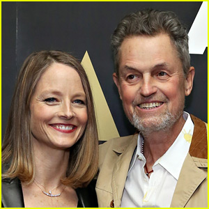 Jodie Foster Reacts to 'Silence of the Lambs' Director Jonathan Demme's Death