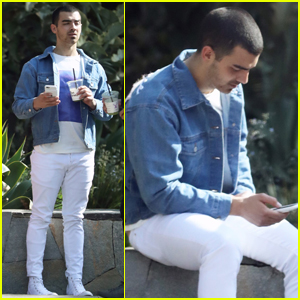 Joe Jonas Pokes Fun at His Paparazzi Pics!
