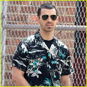 Joe Jonas Switches Up His Looks While Filming 'Undercover Lyft' Video