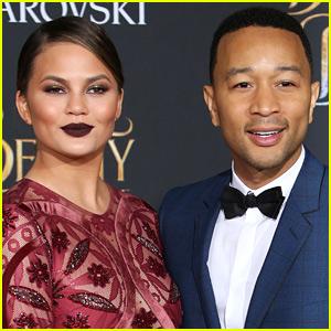 John Legend Praises Chrissy Teigen for Revealing Postpartum Depression