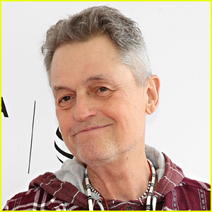 Celebrities Mourn Jonathan Demme's Death - Read the Reactions