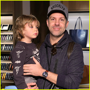 Jason Sudeikis Brings Son Otis to Store Opening Event in Brooklyn!