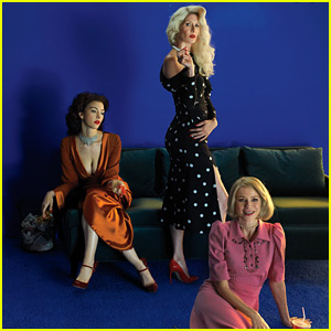 Laura Dern & Naomi Watts Do a David Lynch-Themed Photo Shoot