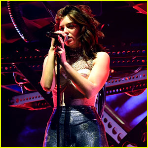 Lorde Debuts New Songs at Coachella 2017 - See the Set List!