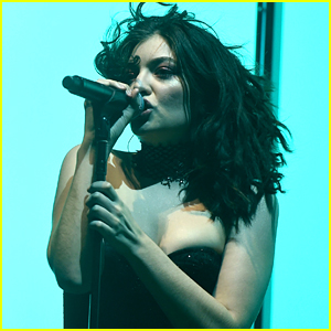 Lorde Rocks Out on Stage at Coachella Weekend Two!