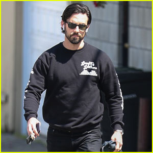 Milo Ventimiglia Shares Mandy Moore's Shocked Face Over 'This Is Us' Season 2 Revelations